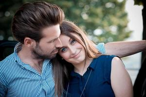 amantes de la joven pareja hermosa