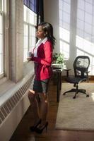 zakenvrouw in haar kantoor