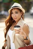 chica asiática atractiva foto