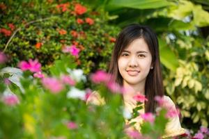 Retrato hermosa chica asiática