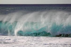Pipe wave in North Shore photo