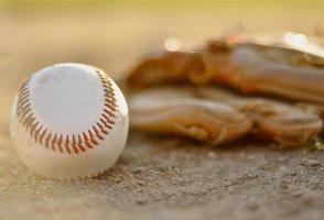 beisebol e luva