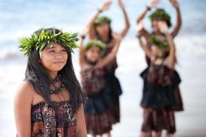 lindas chicas polinesias foto