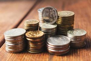 monedas en el escritorio