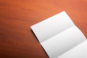 hoja de papel abierta
