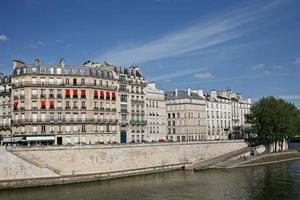 París, terraplén del Sena foto