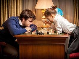 hombre perdió juego de ajedrez con inteligente foto