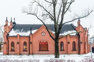 kleine Kirche im alten Stil in Helsinki