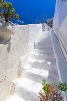 detalles de arquitectura blanca de la isla de santorini foto