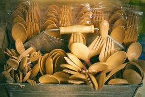 wood spoon many