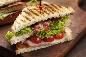 sanduíche de clube
