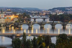 los puentes de praga foto