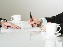 contrato de negócios
