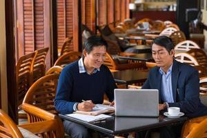 reunión de negocios en cafetería