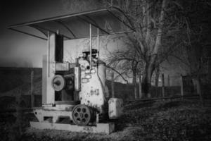 velha máquina de trituração