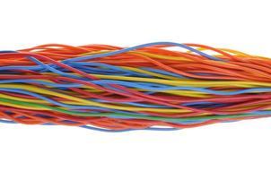 cables de computadora multicolores foto