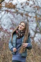 chica en otoño foto