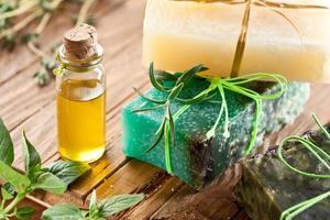 piezas de jabón natural foto