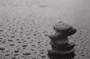 piedras de equilibrio foto
