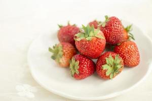 el plato de fresa foto