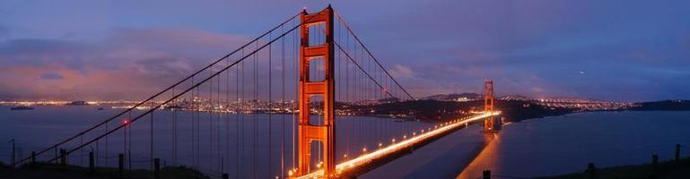 golden gate bridge in de schemering