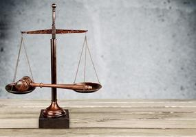 ley, sistema legal, balanza de la justicia foto
