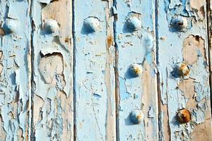 pintura despojada en foto