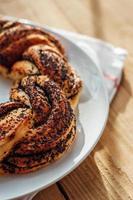 kringel de pastelería estonia con semillas de amapola foto