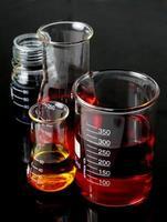 matraces de laboratorio cristalería foto