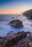coucher de soleil dans la mer