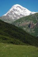 monte kazbek, cáucaso, geórgia