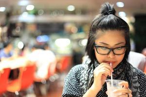 Bebiendo foto