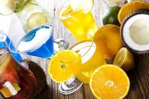bebida fresca com frutas