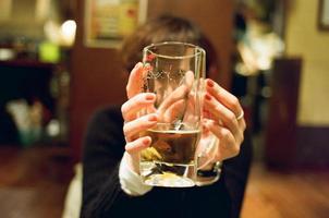 ¡beberse todo! foto