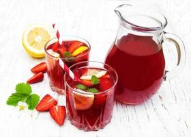bebida de fresa de verano