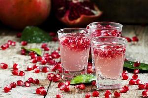 Carbonated refreshing pomegranate drink
