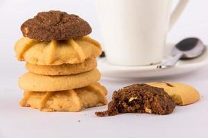 bebida caliente café y galletas foto