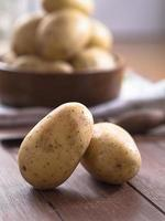 Rohe Kartoffeln photo