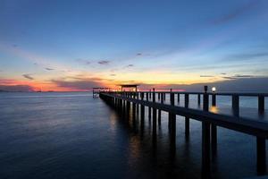 puente de madera foto