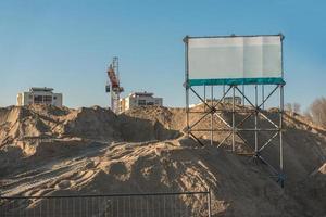 sitio de construcción con signo de espacio de copia foto