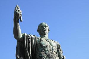 Julio César (Augusto) - copyspace
