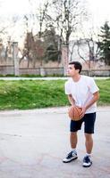 acción de baloncesto foto