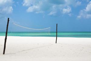 red de voleibol de playa foto