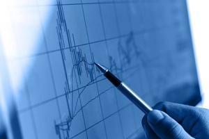 Market analyzing photo