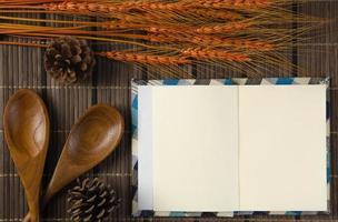 caderno em branco espiral