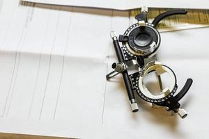 Anteojos utilizados para exámenes de la vista. foto