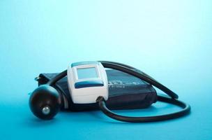 el dispositivo para medir la presión foto