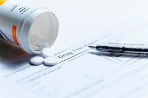 formulario de prueba de drogas en blanco foto