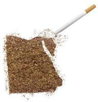 cigarrillo y tabaco con forma de Egipto (serie) foto