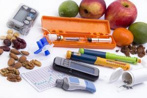 conjunto de artículos para diabéticos (todo lo que necesita para controlar la diabetes) foto